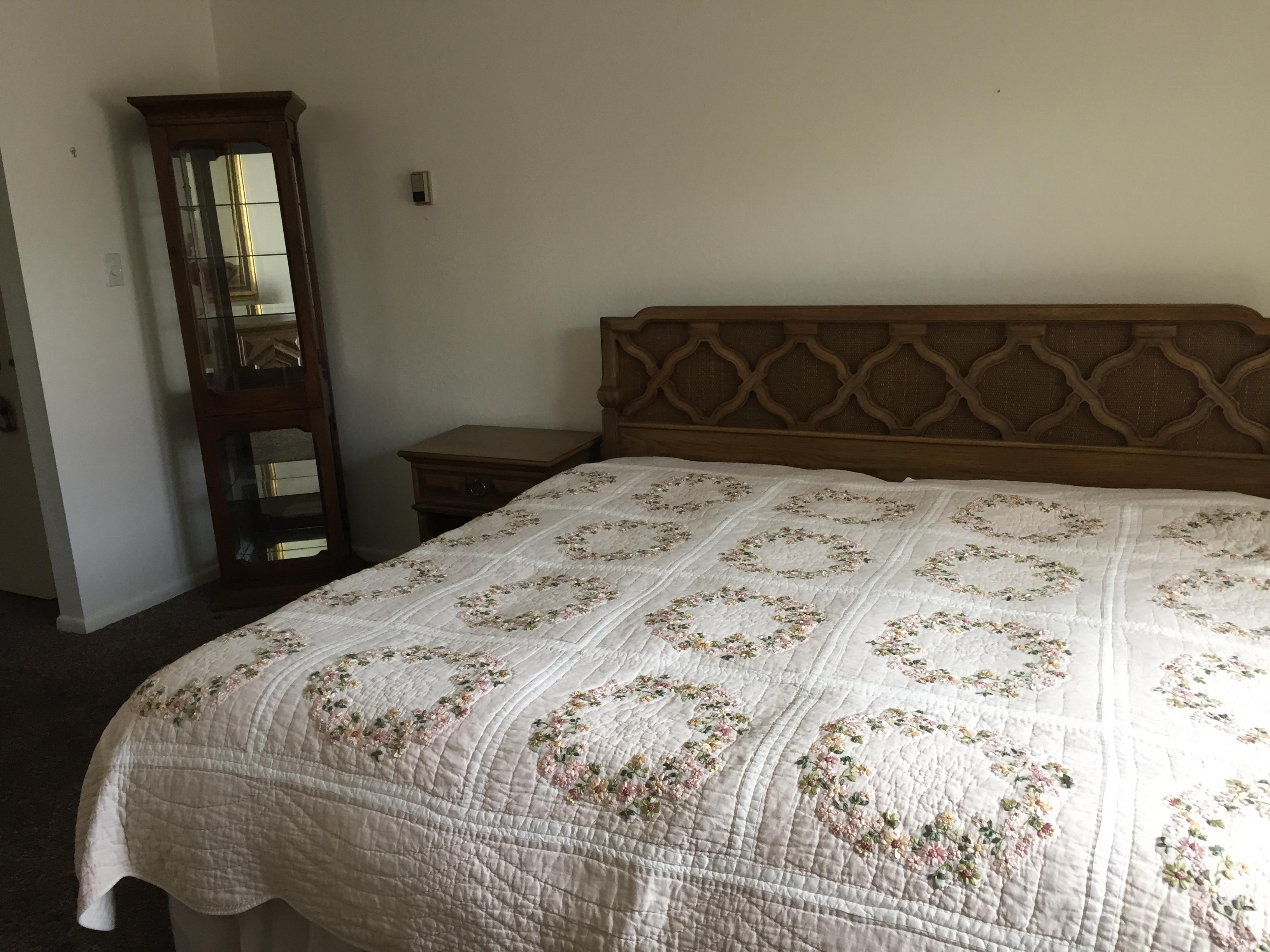 guestroom empty