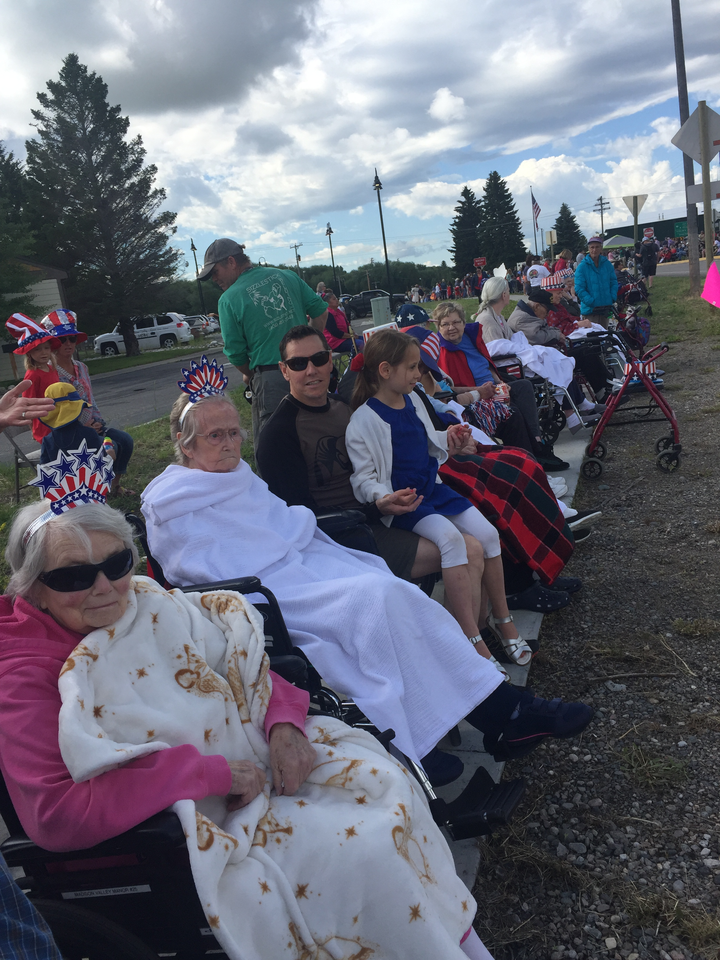 Manor residents ready for parade
