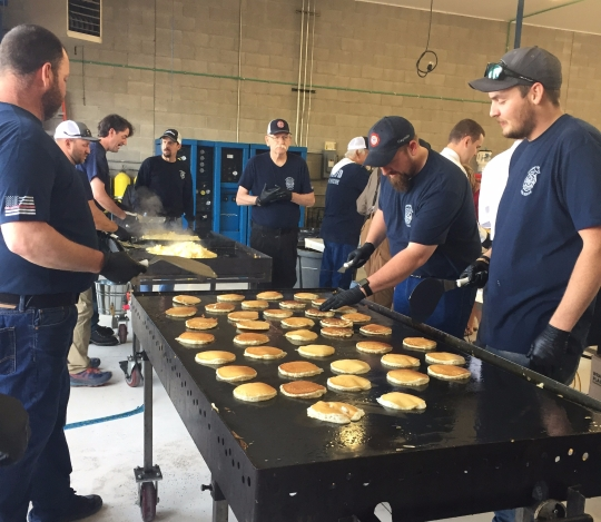 pancakes-40-firemens.jpg