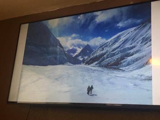 2 climbers - Everest